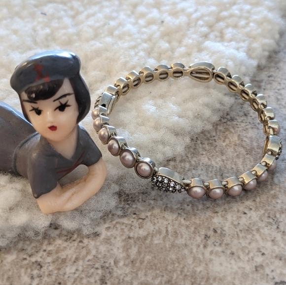 💎 VTG Monet Pink Champagne Faux Pearl CZ Bracelet